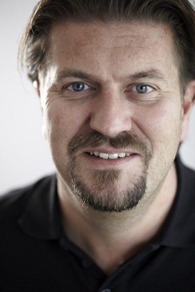 Roger Vikström, Chef - Relining, Swoosh